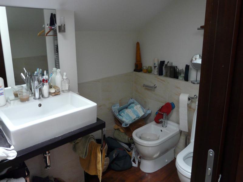 El cuarto de baño con demasiados trastos