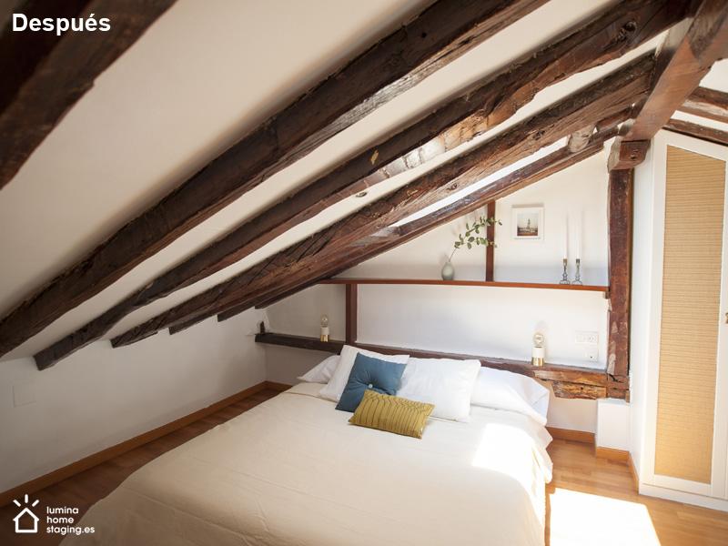 Dormitorio arriba 3 después. En éste dormitorio de su vista de después.