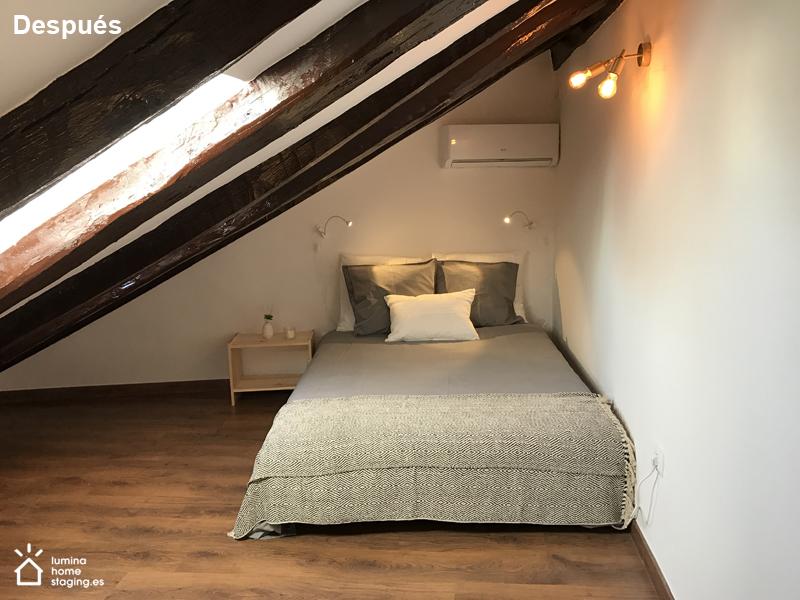 Parece que no, el dormitorio tiene su cama de matrimonio