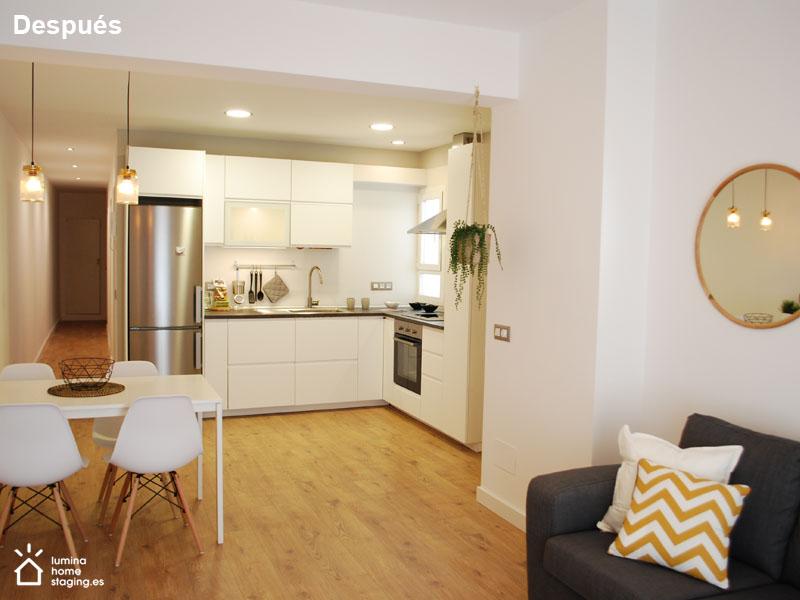 Salón después. La cocina debe reflejar limpieza y orden para que sea atractiva.