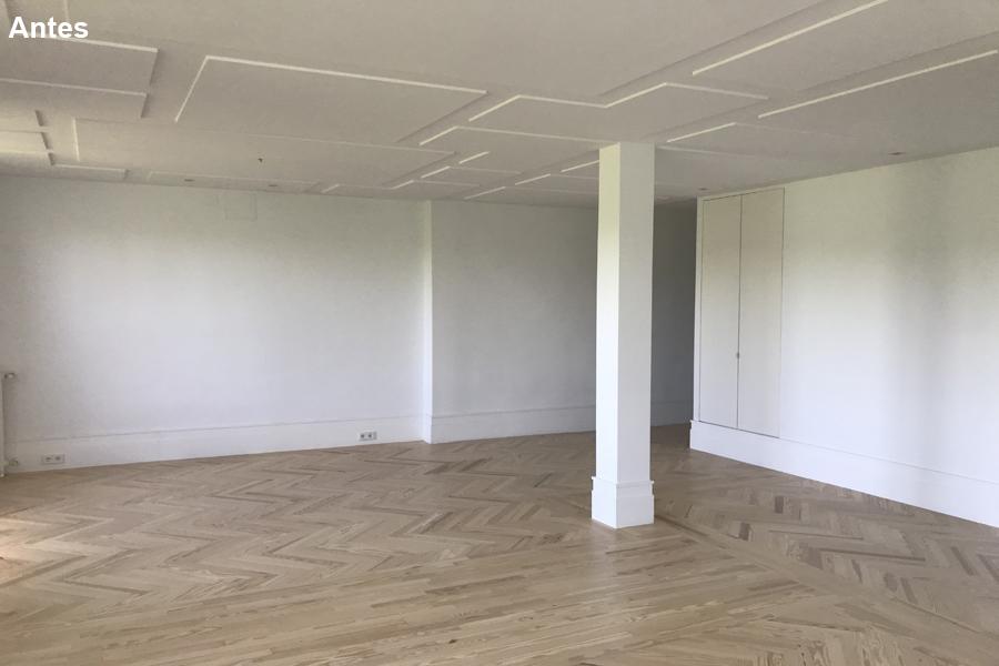 3 Un salón en el que te pierdes ante tanto espacio